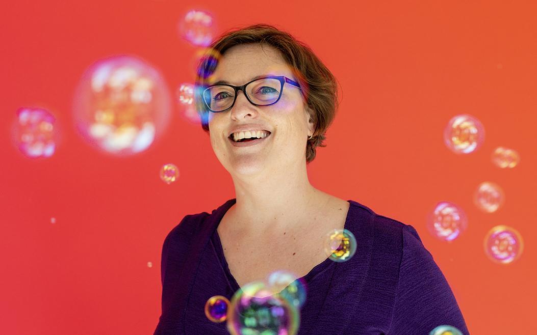 #30 Logo's ontwerpen: prijsbepaling, briefing, licenties, varianten en versies – met Jeanne Melchels